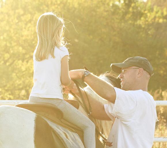 horseback lessons 1 holding reigns
